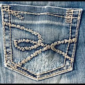 NWOT BKE Starlite Flare Jeans Size 28 X 31